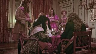 臣子想要获取路易十四的注意力,就得把自己打扮得美美哒