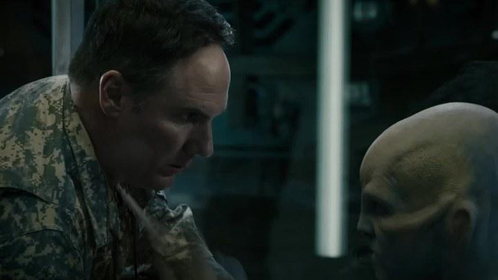 超能泰坦 中国预告片2:失控版 (中文字幕)
