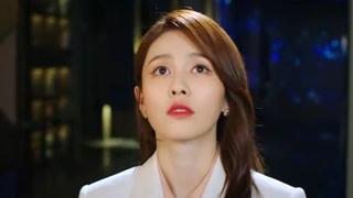 江君看着袁帅求婚失败的视频