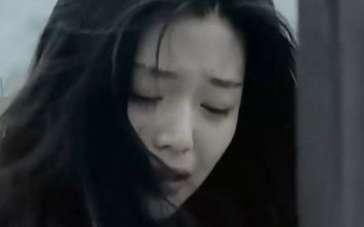 《触不到的恋人》片段 全智贤海边哭泣痛苦忏悔