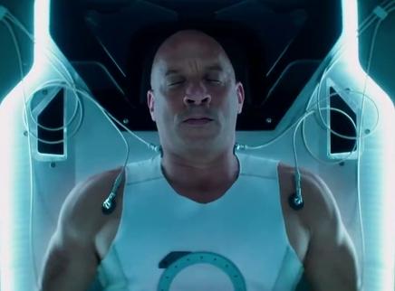 """《喋血战士》起源特辑 范·迪塞尔角色混搭""""007+科学怪人"""""""