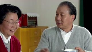 《历史转折中的邓小平》阅兵当日卓琳为小平准备好丰盛的早餐