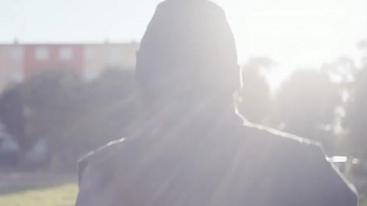 流浪的迪潘 法国预告片3