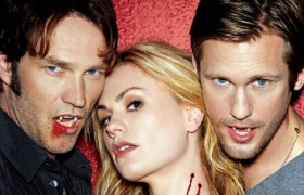 吸血鬼日记:吸血鬼酒吧节日狂欢横尸遍地
