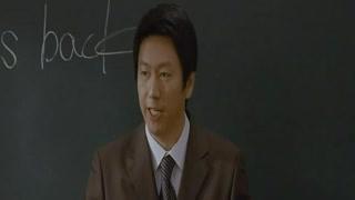 体育老师转变成英语老师 学生一脸懵