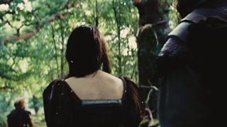 白雪公主欣喜看到美丽森林
