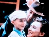 《美丽人生》预告片 快乐爸爸用笑容赶走战争阴霾