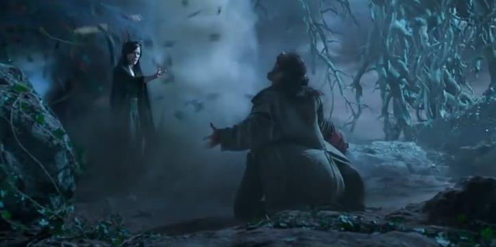 《地狱男爵:血皇后崛起》片段