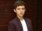 19岁汤姆·赫兰德变身新一代蜘蛛侠