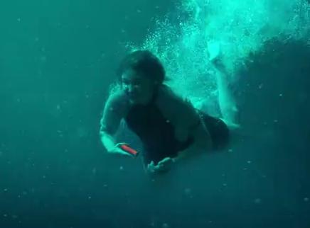 """《鲨海逃生》""""猛鲨来袭""""版预告 重磅海底杀手露真容"""