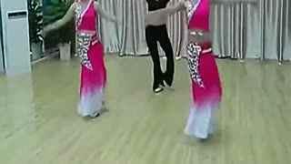 月亮舞蹈视频傣族 中国民族舞《月亮》傣族舞蹈教学