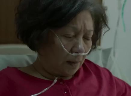 《生生》催泪口碑特辑 鲍起静化身直播红人硬核抗癌