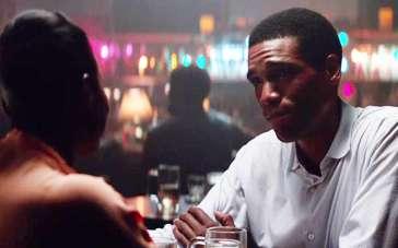 《南边有你》中文片段 年轻奥巴马酒吧约会心上人