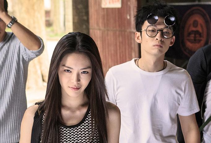 《脱单告急》首映发布会 董子健、钟楚曦还原青春