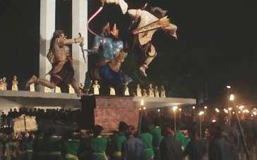 《骇客交锋》精彩特辑 巴厘岛传统节日为影片增色