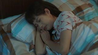 《台湾往事》一间房子里五个人都各怀心思夜不能寐