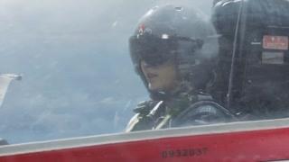 《飞行少年》程束阳的飞机急速下降 只能凭借目测备降