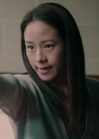 """《廉政风云》""""心理战""""片段 林嘉欣一秒变脸实力诠释""""笑里藏刀"""""""