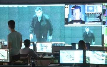 《十一月男人》曝光幕后特辑2 老007动作戏劲爆
