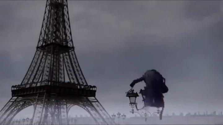 怪兽在巴黎 意大利预告片