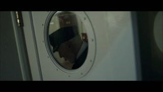 船长关上了驾驶室的门 一曲终了