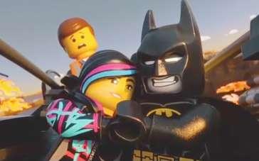 《乐高大电影》曝光片段 情急关头蝙蝠侠英勇搭救