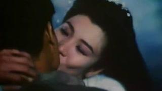 吴家丽对林正英一见钟情