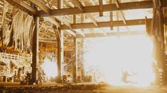移动迷宫2 片段 炸毁房屋