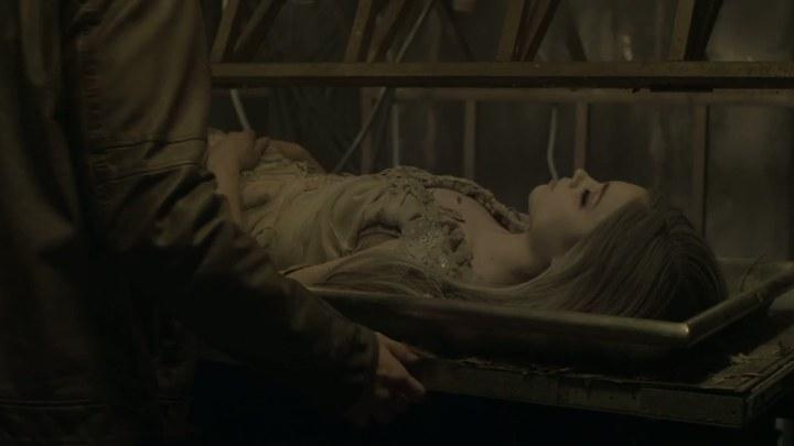 睡美人的诅咒 片段:The KISS