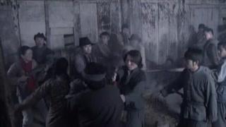《女子军魂》刘碧霞等人被土匪包围 全部被抓了