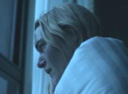 《传染病》最新片段 温丝莱特不幸染病电话求助