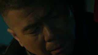 六爷得知自己儿子与三环十二少的谭小飞陷入纠纷之中 并找到对方