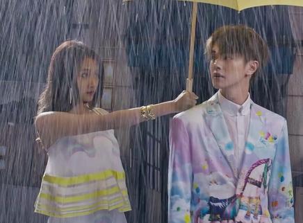 """《帅到发光》MV """"黄可帅到发光""""应该没人反对吧"""