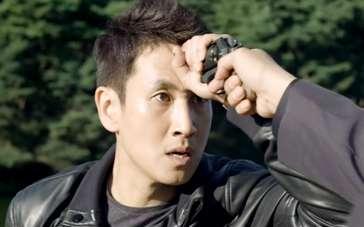 《走到底》中文角色预告 赵镇雄阴狠压制李善均