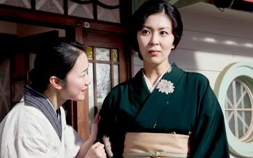 《小小的家》中文预告 松隆子黑木华争执场面曝光