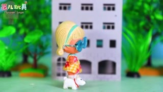 花儿玩具 赛罗奥特曼教导小花和朵朵要爱护环境 精华版