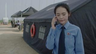 《决胜法庭》高剑打电话给傅小柔 称让马队把打捞尸体的所有视频发给他