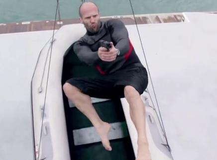 《机械师2:复活》特辑  看斯坦森海陆空全开挂