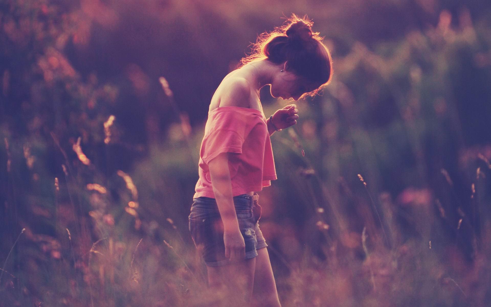 qq说说带图片女生伤感句子有哪些_阳光网