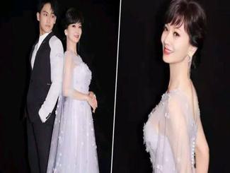 赵雅芝与儿子黄恺杰同台演出 不像母子更像姐弟
