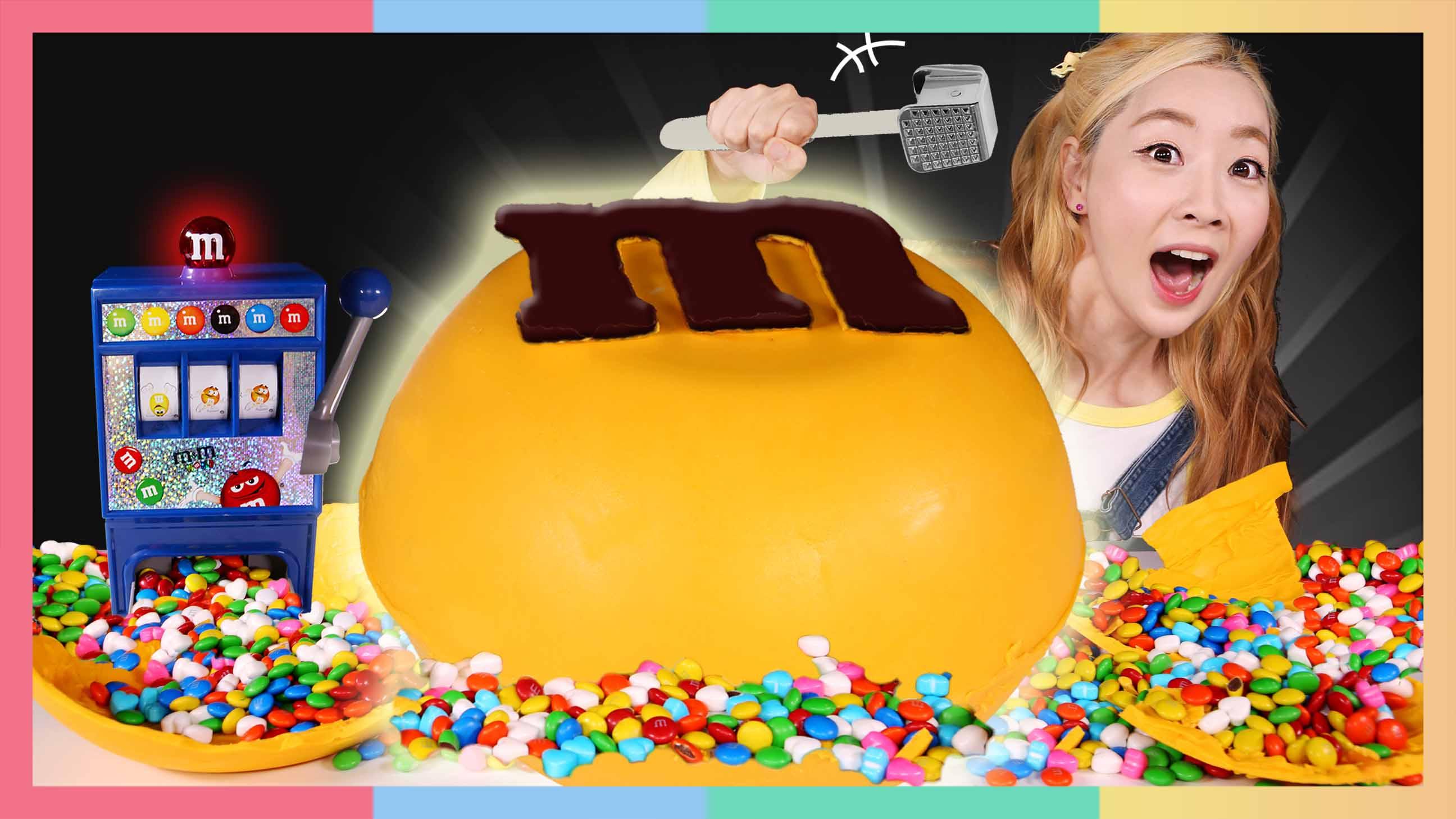 超大巧克力炸弹!巧克力爱好者的王国 | 凯利和玩具朋友们 CarrieAndToys