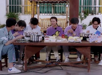 请吃饭第1期:晚餐齐唱南波万