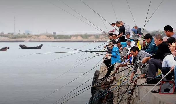 失蹤的1.2億中年男人,都在河邊釣魚