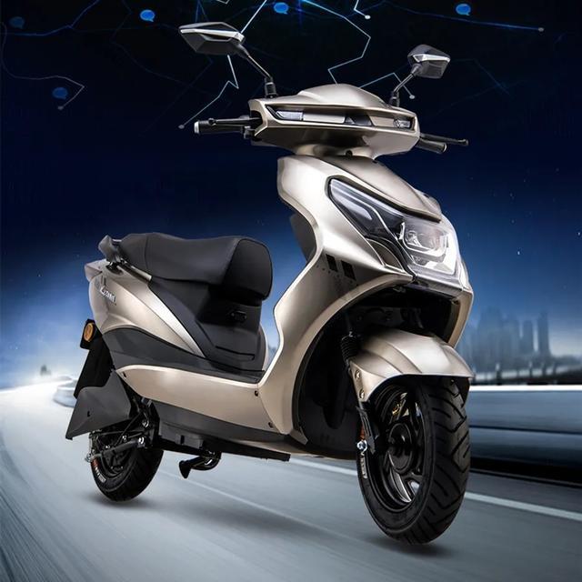 愛瑪又推一款新車,配備石墨烯電池,續航超過100公裡