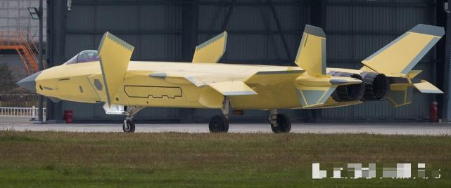 2018魔域私服一条龙制作国产战机全部换装涡扇10,俄制发动机被淘汰,节约40亿经费