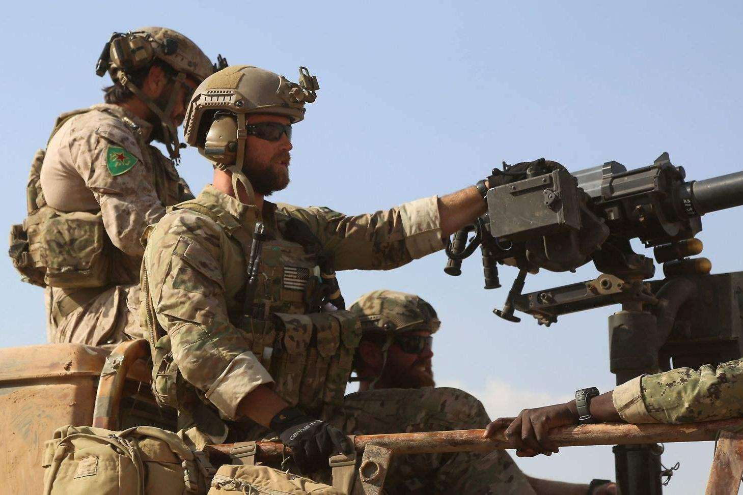 美出动海豹突击队,伊朗副司令身亡,身边8名俄保镖无一幸免插图(1)