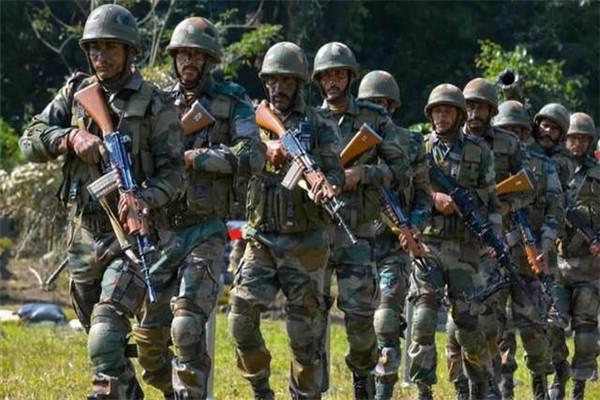 比美國的算盤打得更響!直接拱手送上50億軍火,公開宣佈力挺印度