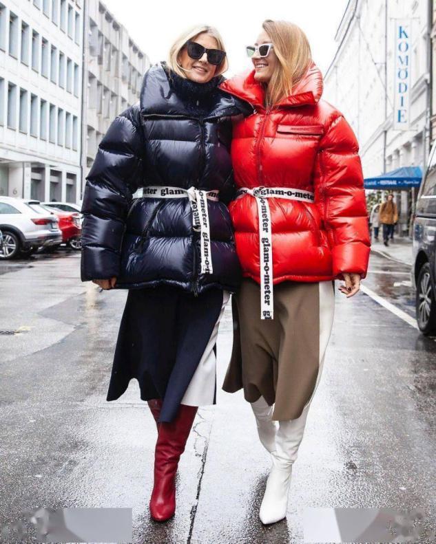 """今年冬天,一定要有一件""""毛呢裙"""",搭羽絨服不說,還特顯氣質"""