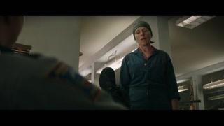 三块广告牌:爆粗口的疯女人 正面刚上混蛋警察