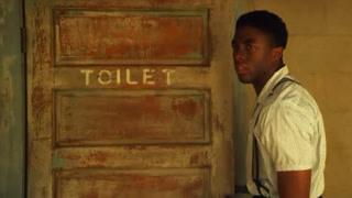 黑人上厕所都被严格限制